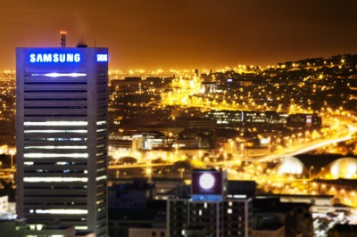 Samsung and Tractor Outdoor change Cape Town's Skyline