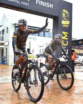 Woolcock and Luus take wet Knysna win