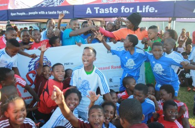 JUNIOR SOCCER CHAMPIONS CROWNED & R20 000 DONATED TO CHARITY