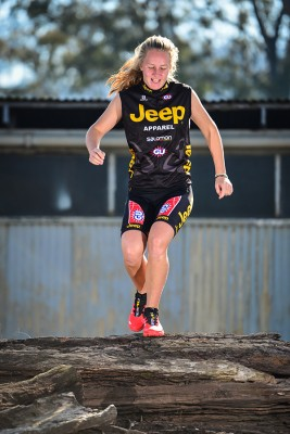 Double Victory for Jeep Team's Mikaela Jonsson