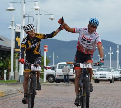 Pfitzenmaier, De Groot take solo victories in Knysna