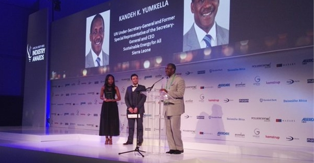 AUW12-Kandeh-Yumkella-at-awards