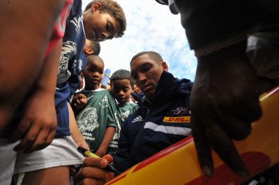 Spur and WP hands out thousands rugby jerseys in aid of rugby development