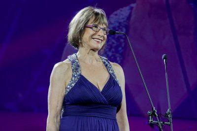 Dawn Lindberg wins the Women Real Architects of SA Drama Excellence Award