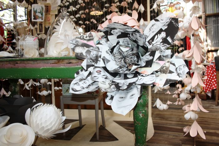Creative-shopping-at-Festive-Ideas