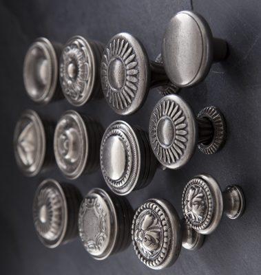 Handles Inc – Dazzling Doorknobs