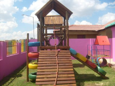 Why You Should Buy a Wooden Jungle Gym