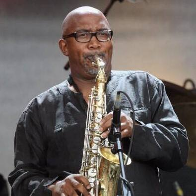 "FreshlyGround and Sipho""Hotstix"" Mabuse together in Concert"