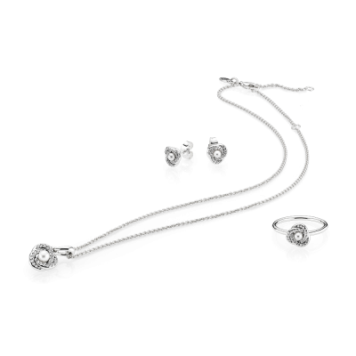 Mother's Day Gift Made Easy with Pandora Jewellery