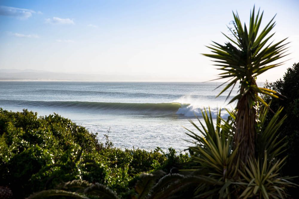 Lower Point, JBay in all her glory Photo: © Van Gysen