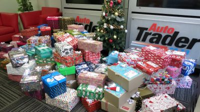 AutoTrader shares the Christmas spirit with the Santa Shoebox Project