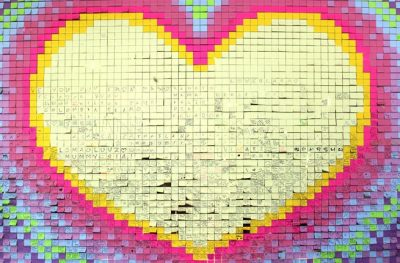 Hey, Valentine loves – we're building a Post-it® Wall of Love!