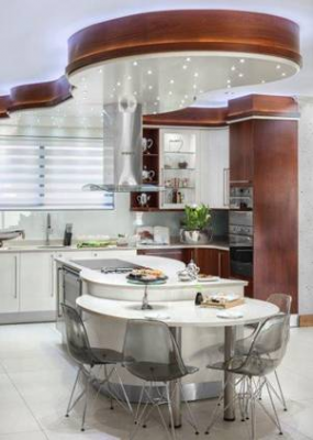 5 reasons to choose a Curved Kitchen Design