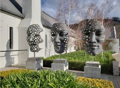 Renowned artist selects Grande Provence as his exclusive Winelands space
