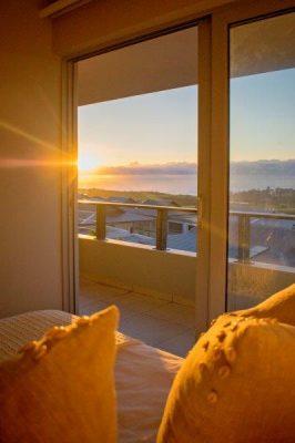 Renishaw Hills Identifies 5 Benefits of Retiring to the Coast